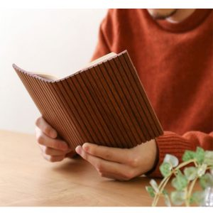 دفتر و کتاب روکش چوبی