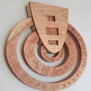 تقویم طرح چوب